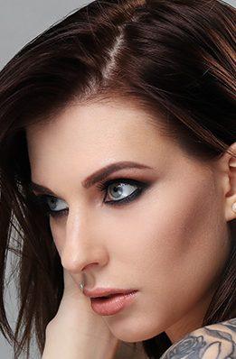 Piercing-Divine-Nails